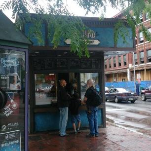 """alt=""""Bluebird coffee shop Burlington"""""""